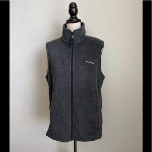 Columbia Fleece Vest in Gray Size Large